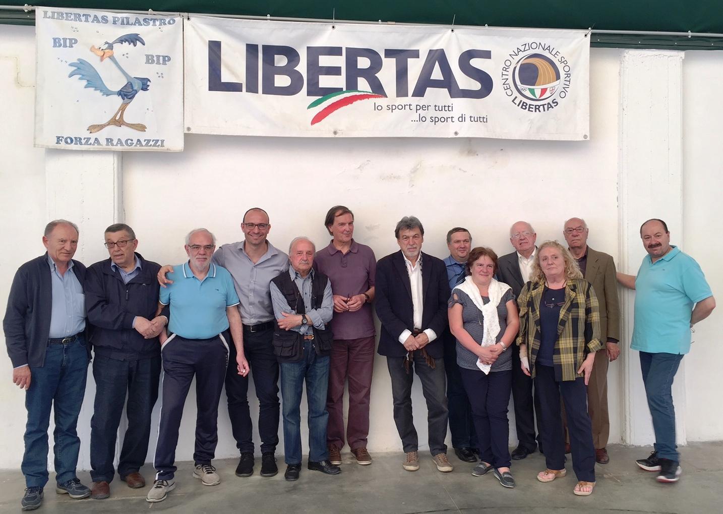 N. 5 I Quadri Del Centro Provinciale Libertas Di Viterbo  Dopo L'Assemblea Elettiva Del 8 Maggio 2016